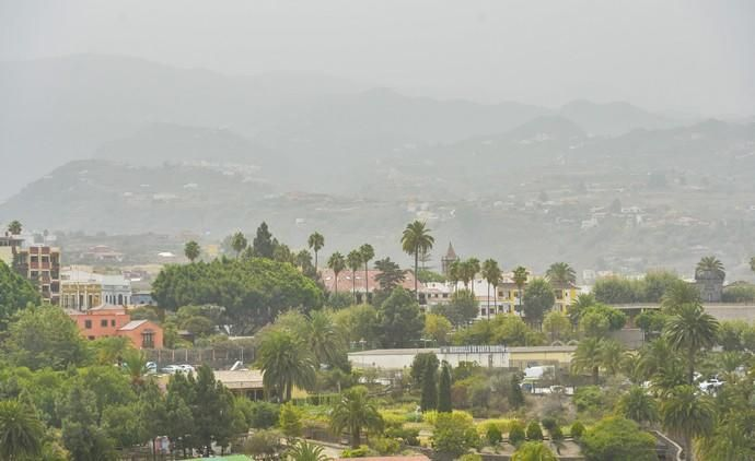 26-08-2020 SANTA BRIGIDA. Calima. Vista desde Santa Brígida. Fotógrafo: ANDRES CRUZ    26/08/2020   Fotógrafo: Andrés Cruz
