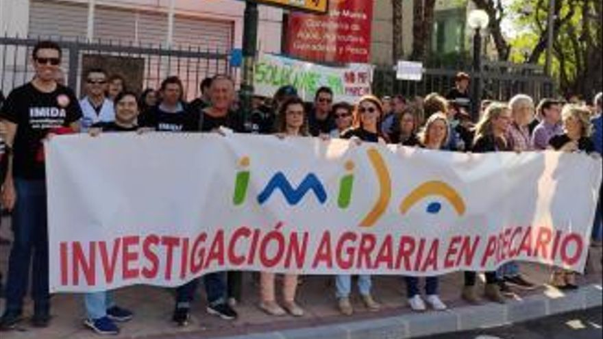 """El Imida regresa a las protestas ante la """"inacción"""" del Gobierno regional"""