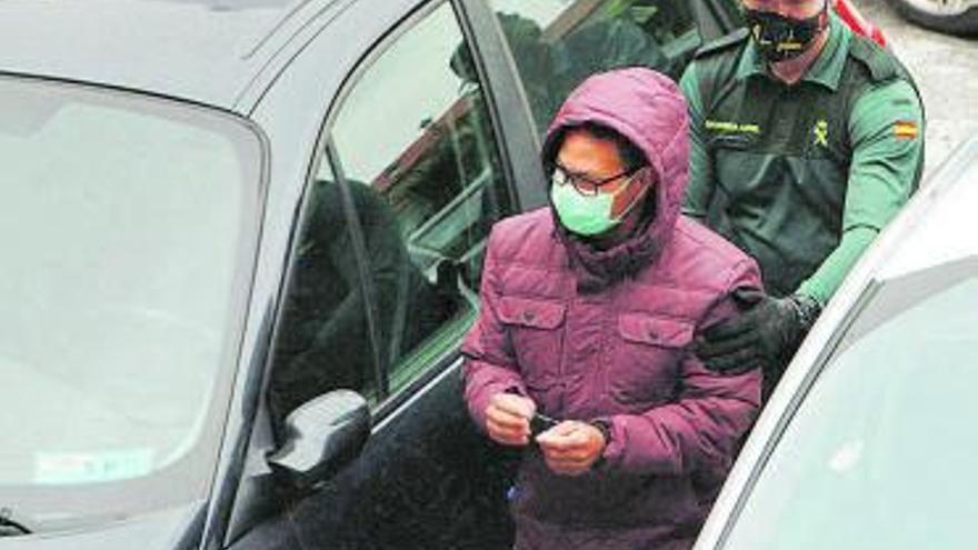 Condenado a 7 años de cárcel por intentar cortarle la orejas a su mujer en Ourense