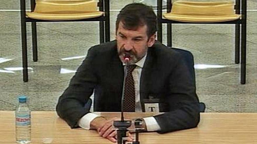 Ferran López reconeix que hi havia un pla no escrit per detenir Puigdemont