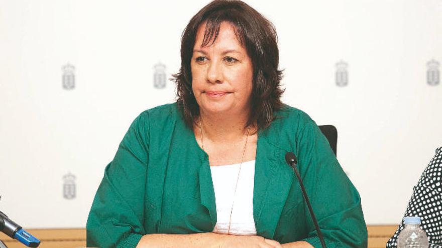 El sindicato de enseñanza exige la dimisión de Monzón