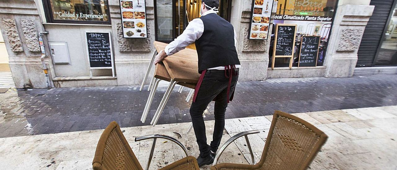 La hostelería  valenciana,  en  el punto de mira