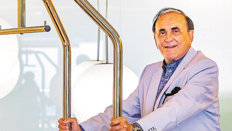 """José María Caballé: """"Sobran  20 millones  de turistas"""""""