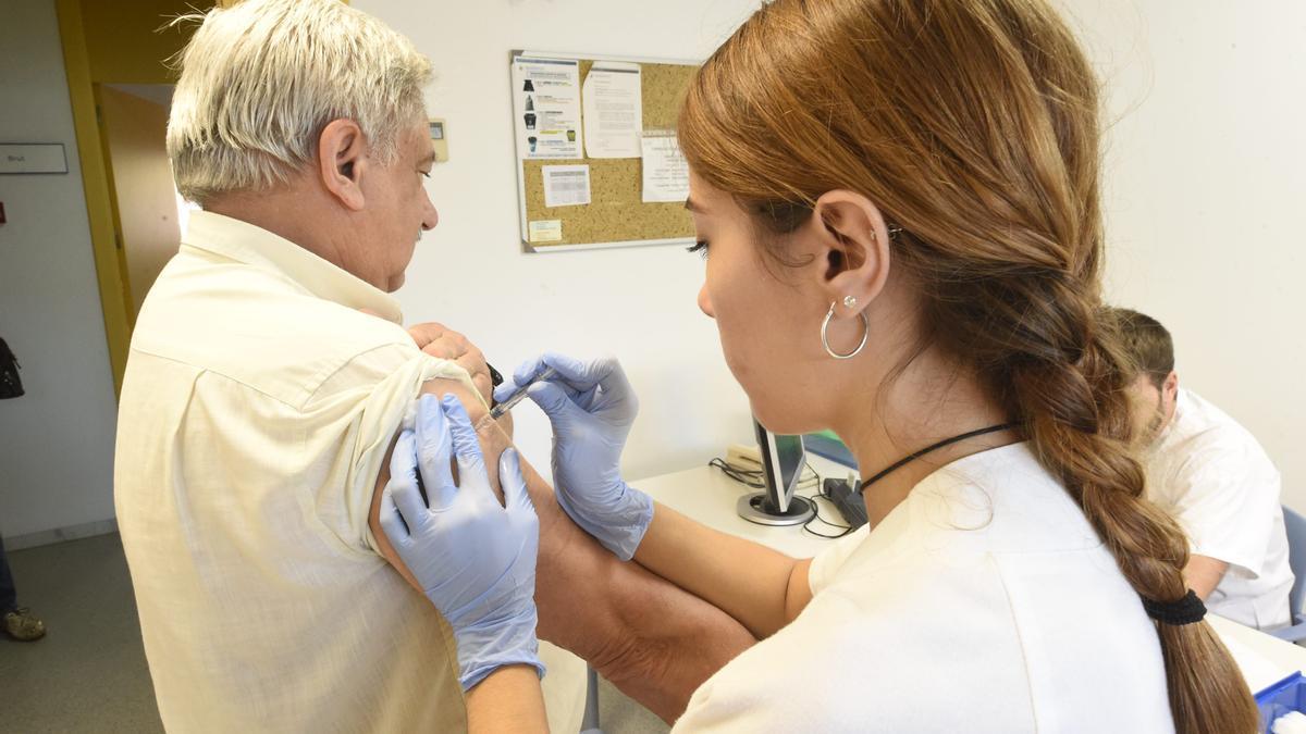 La vacunación en Castellón acelerará los meses de agosto y septiembre.