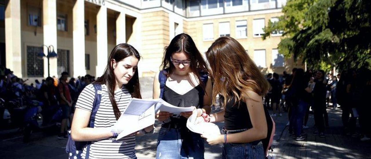 Comienza la prueba EVAU en Aragón