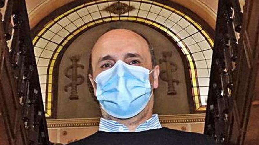 El promotor de Os Franciscanos estudia denunciar la desaparición de la documentación en el Concello
