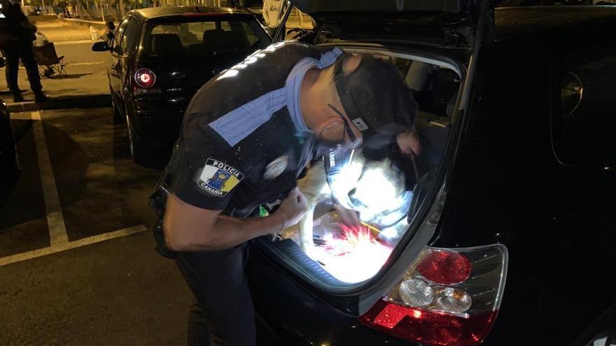 Vigilancia policial en CC Yumbo (14/05/2021)