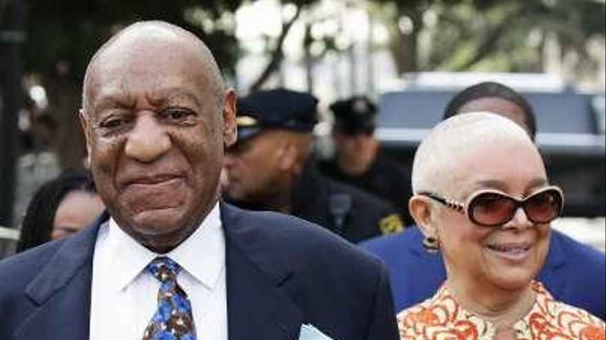 """La esposa de Bill Cosby defiende al actor y critica """"el linchamiento"""" al que se le somete"""