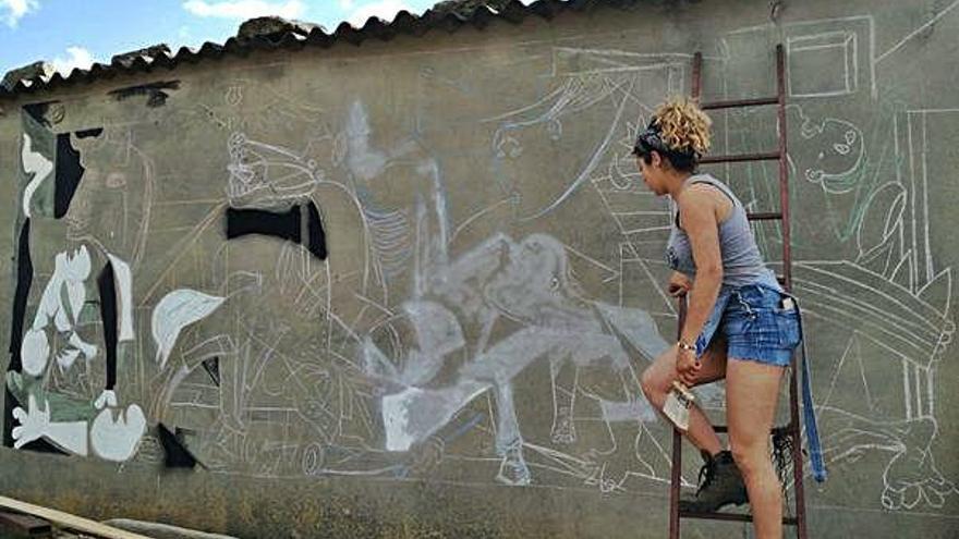 Torregamones: el Guernica en una nave ganadera