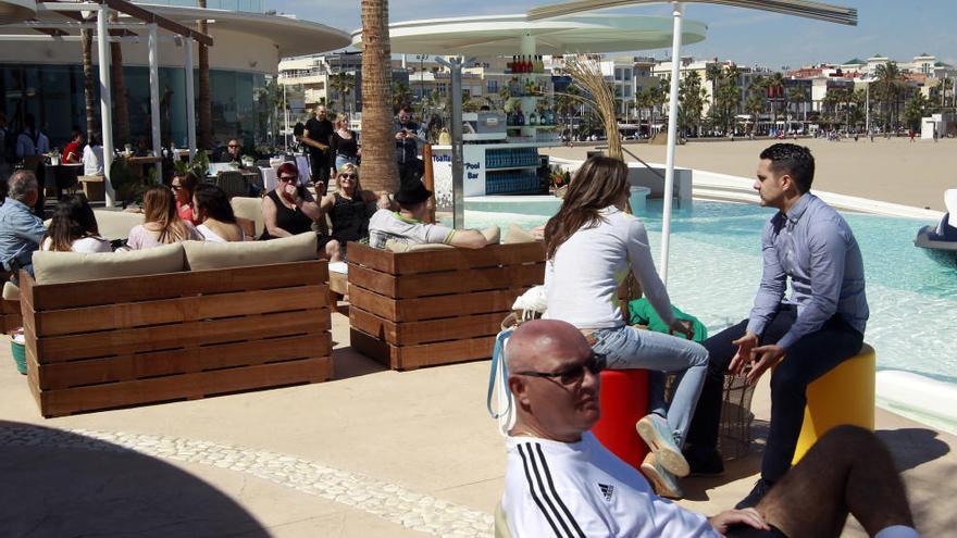 El ayuntamiento ordena el cese de la música del Marina Beach