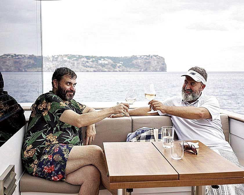 Brindis: Siempre nos quedará el mar