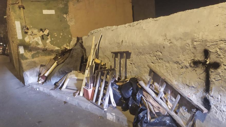 San Juan amanece con un vertido de escombros