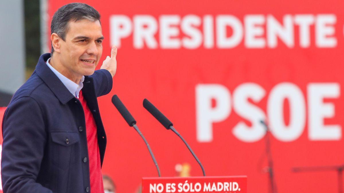 Pedro Sánchez durante la campaña electoral de Madrid.