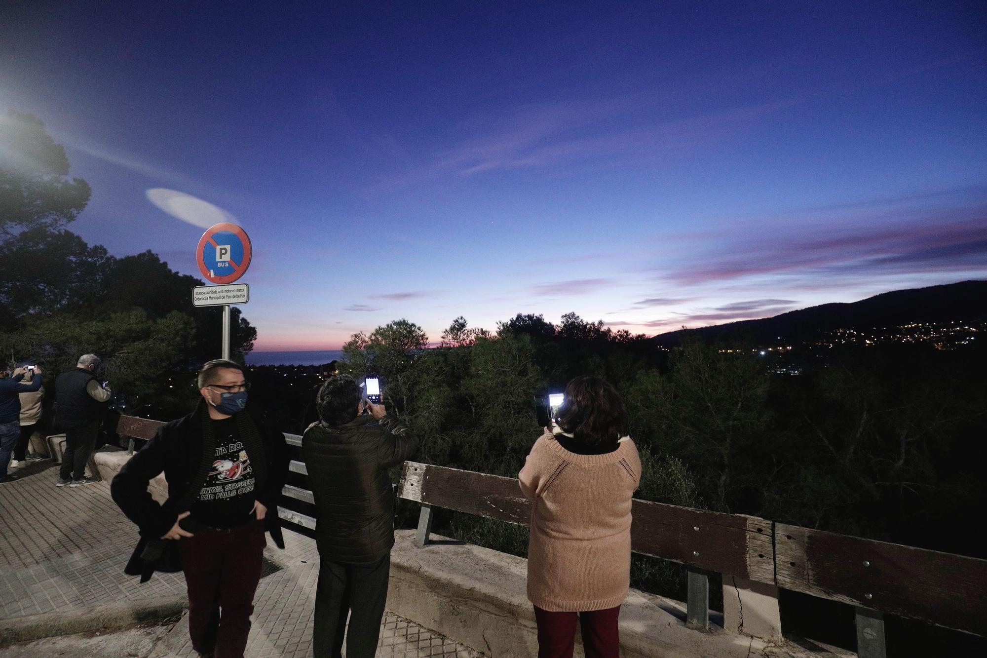 Las imágenes de la conjunción de Júpiter y Saturno captadas desde Mallorca