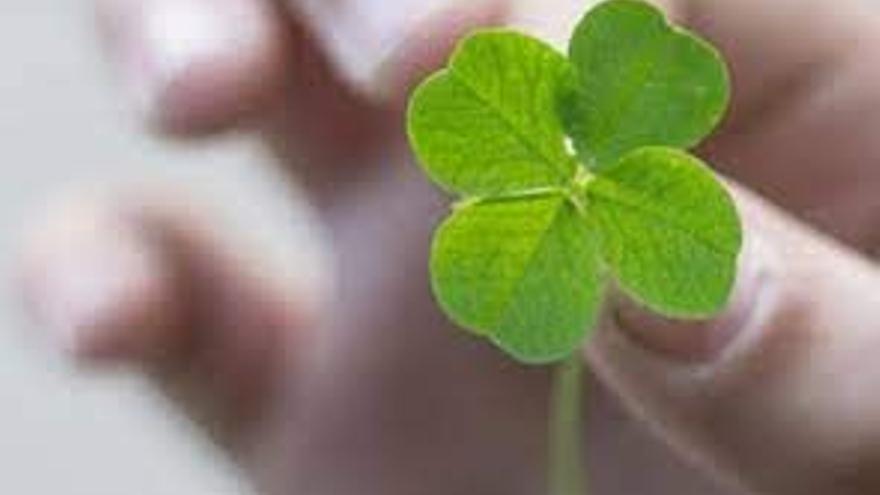 La Lotería Nacional cae en tres puntos de Canarias
