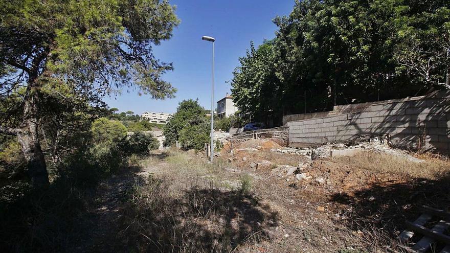 Veintiún años con la calle inacabada en Alzira