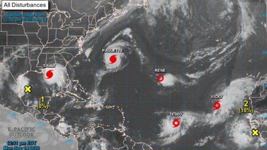 Cinco ciclones tropicales 'coinciden' en el Atlántico por segunda vez en la historia