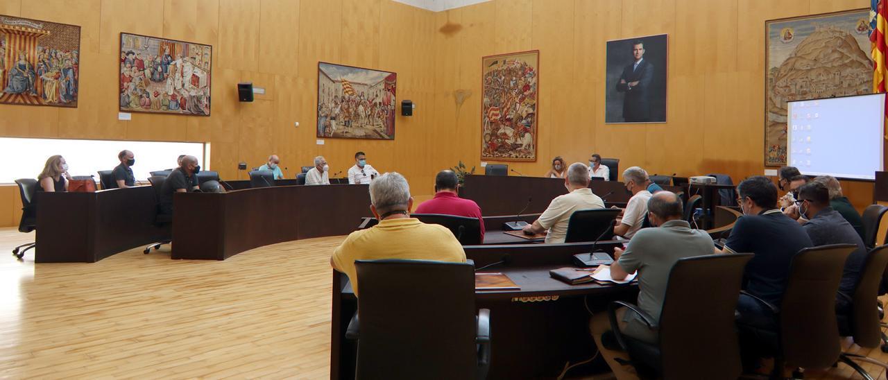 La reunión del Consejo Asesor de Escena Urbana de Benidorm.