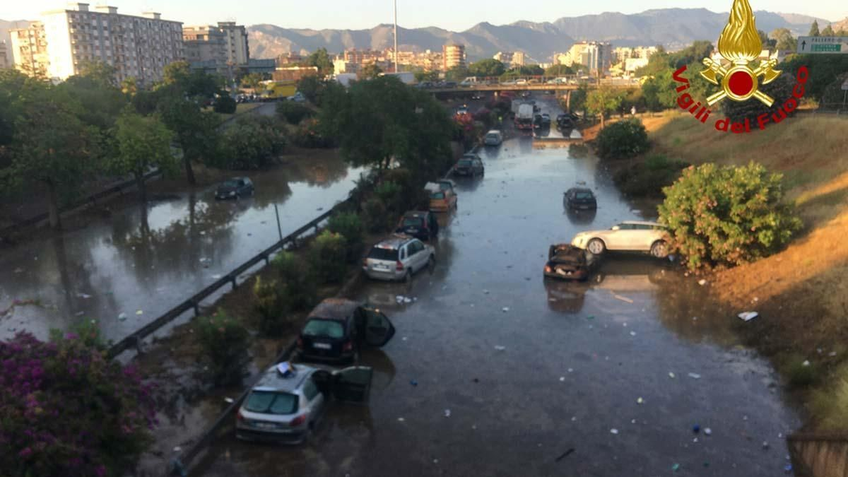 Palermo padece el aluvión más cuantioso en dos siglos
