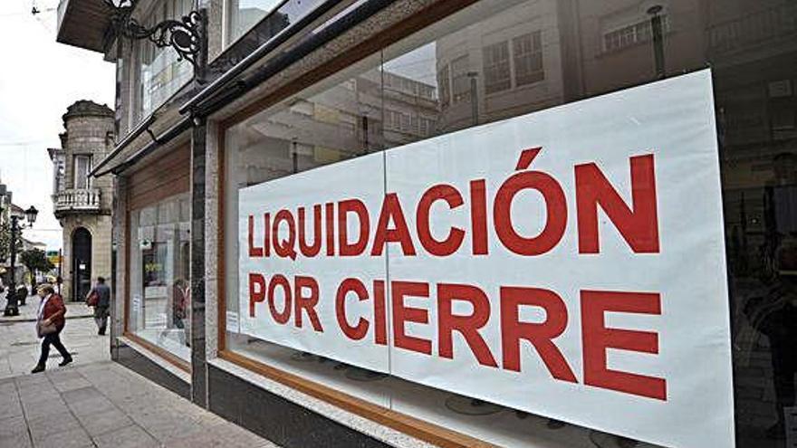 Más de la mitad de los concellos gallegos destruyen más negocios de los que crean