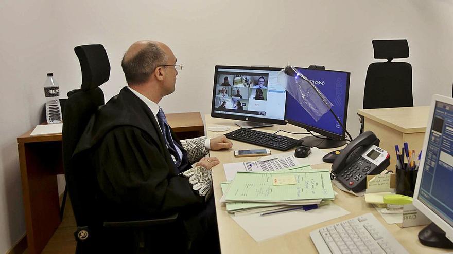 El juzgado de cláusulas suelo de Alicante acumula retrasos de más de dos años