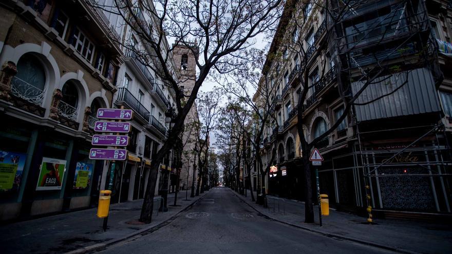 Toque de queda: Las 9 actividades que permiten circular por la calle