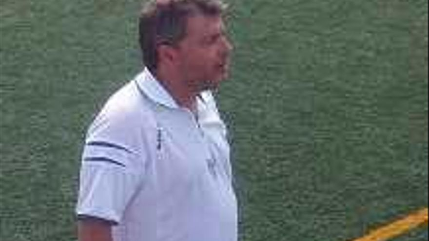 Bernabéu sale al rescate del Petrelense