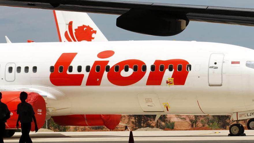 Un avió de Lion Air s'estavella amb 188 ocupants al mar de Java
