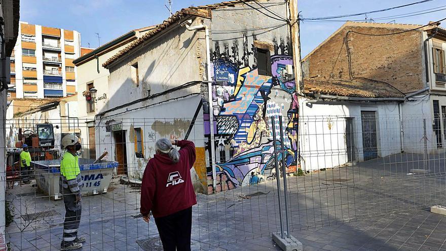 La casas del centro histórico de Patraix se caen a trozos