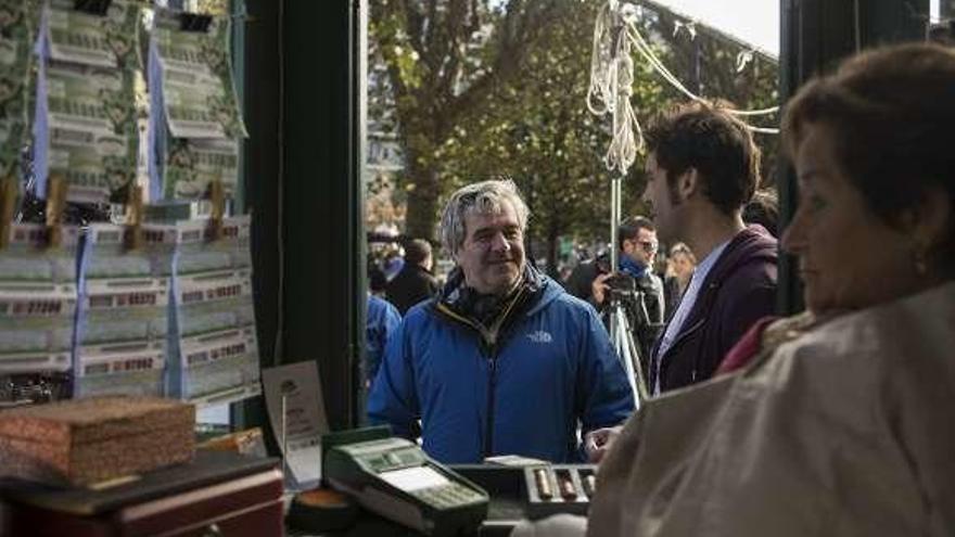 Fernández Armero vuelve al cine con una cinta rodada en Asturias, la tierra de su infancia