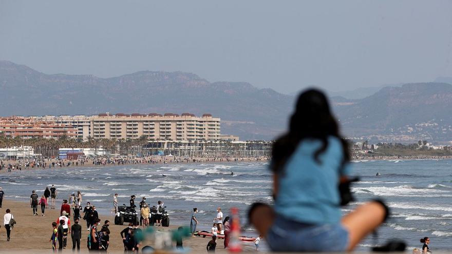 La Justicia avala el toque de queda en la Comunitat Valenciana y Baleares pero no en Euskadi