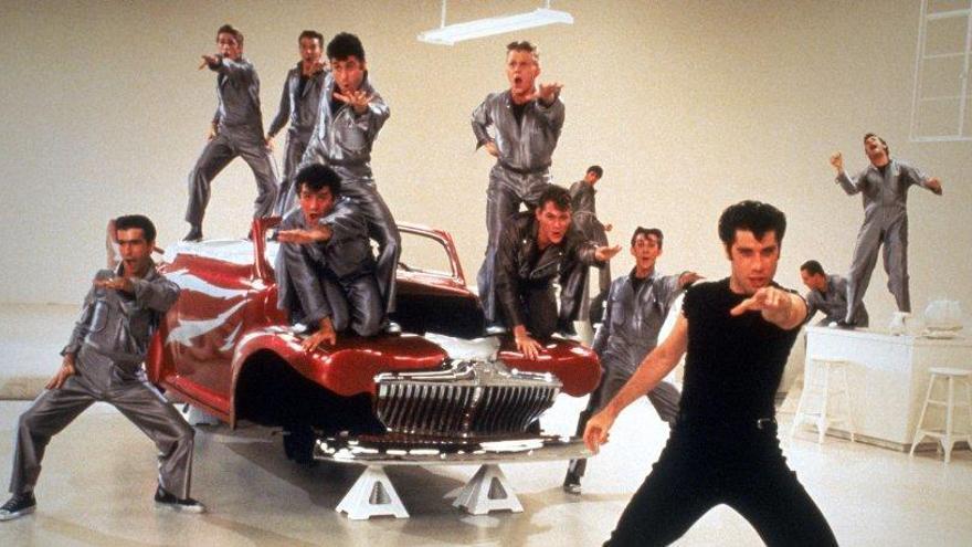 """Brillantina, autos y mucho baile """"Grease"""" sigue de moda 40 años después"""