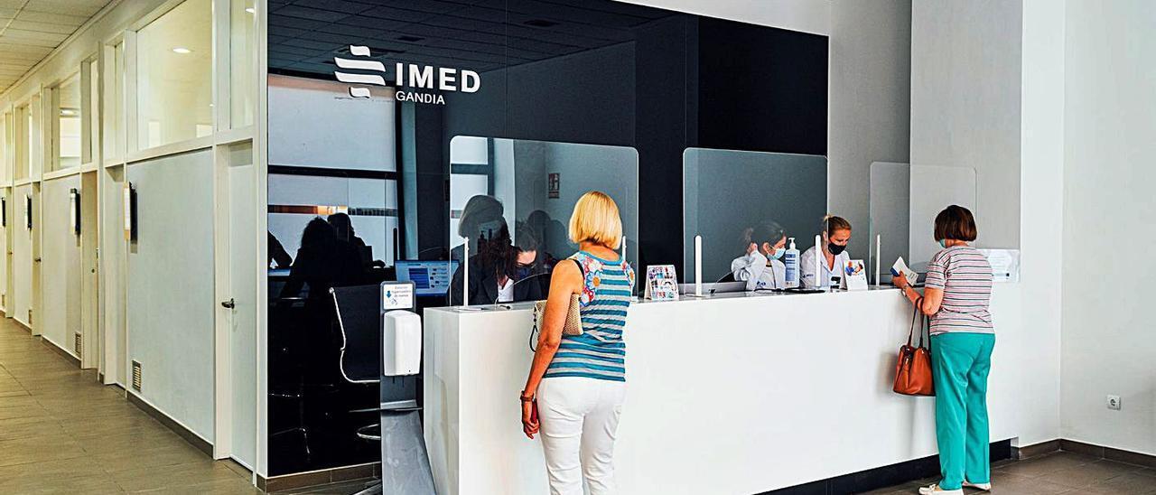 Las nuevas instalaciones de IMED de Gandia, situadas junto al parque de Sant Pere. | BORJA ABARGUES