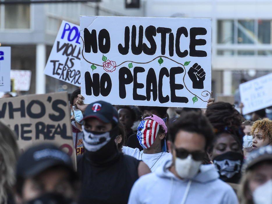 Nace el 'Black Lives Matter' | Mayo