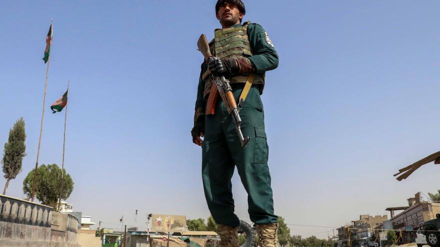La ofensiva talibán ha causado 250.000 desplazados, un 80% mujeres y niños