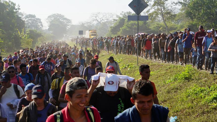 300 migrantes de Centroamérica se amotinan en México