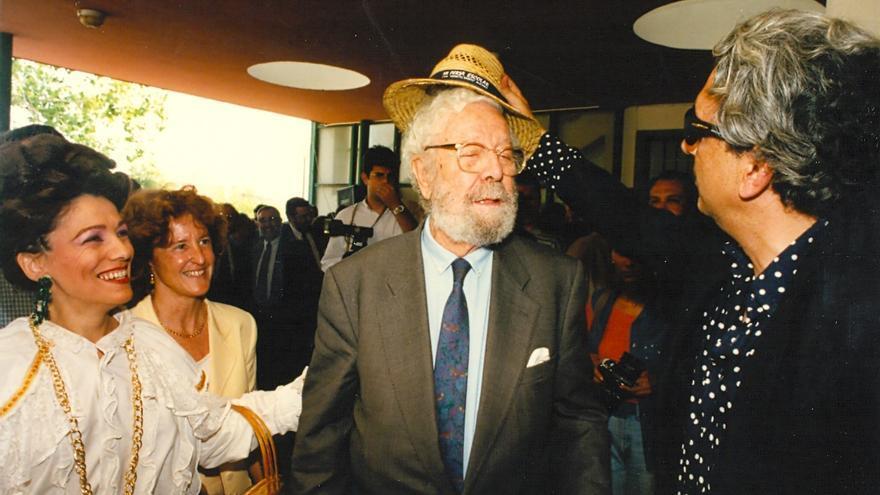 Elda recuerda a Berlanga en su centenario