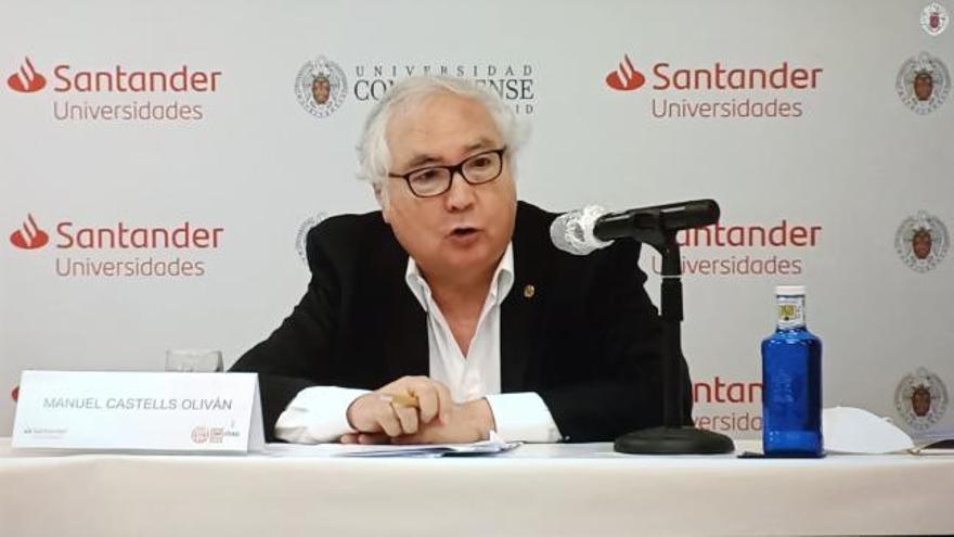 """Castells afirma que la Universidad debe """"sobrevivir"""" a las condiciones de la Covid"""