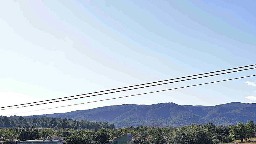 Chiva modifica su planeamiento para regular los parques solares