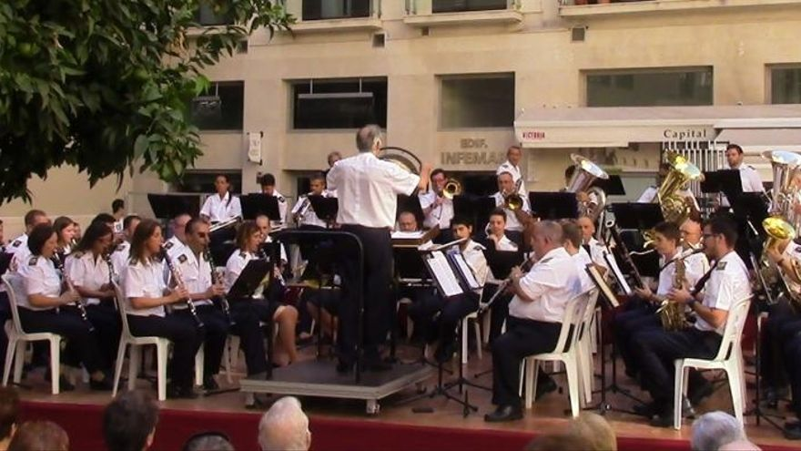 Comienzan los conciertos vespertinos de la Banda Municipal en el Eduardo Ocón
