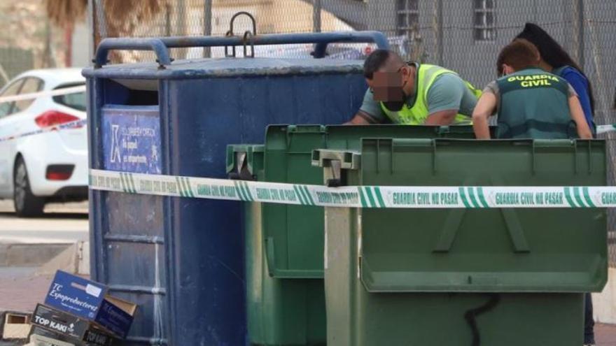 Hallan restos de una mujer descuartizada en un contenedor de basura en Torrevieja