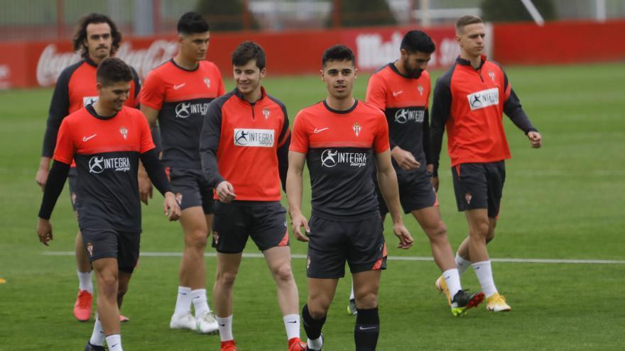 Djuka y Manu García vuelven al once del Sporting
