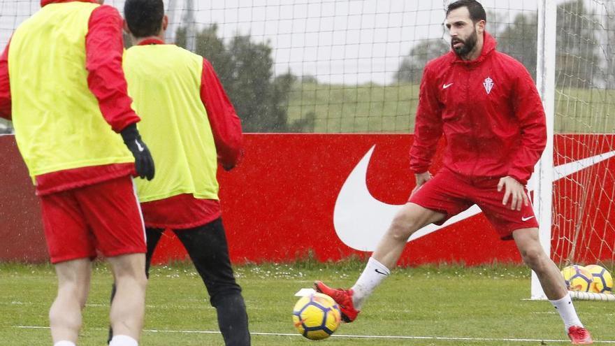 El Sporting recupera a Guitián para visitar al Huesca