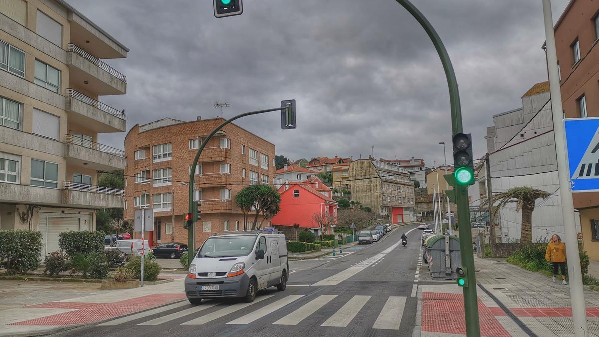 La intervención fue en un edificio de la Avenida de Loureiro, en Bueu.