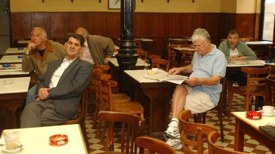La maldición de los bares sin prensa