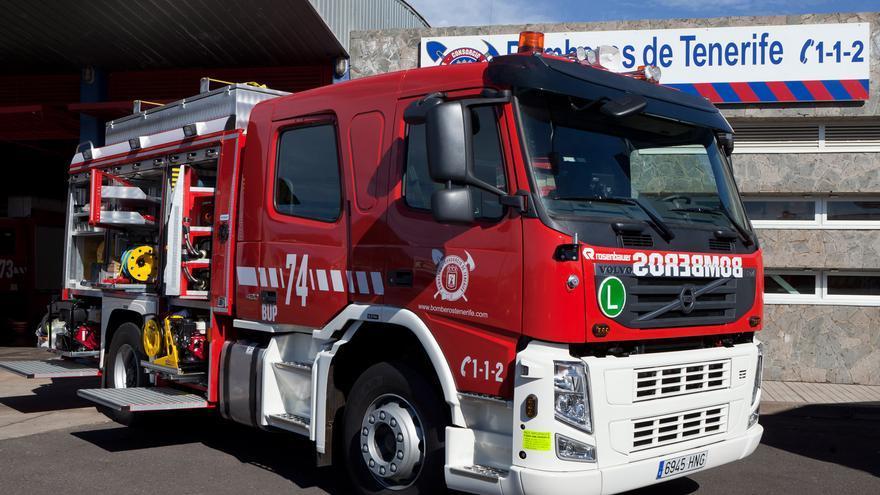 Incendio de un vehículo en la TF-5