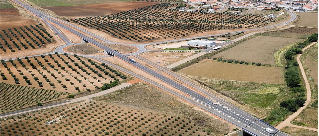 Aprobado el proyecto para mejorar la intersección de la N-432 en La Albuera