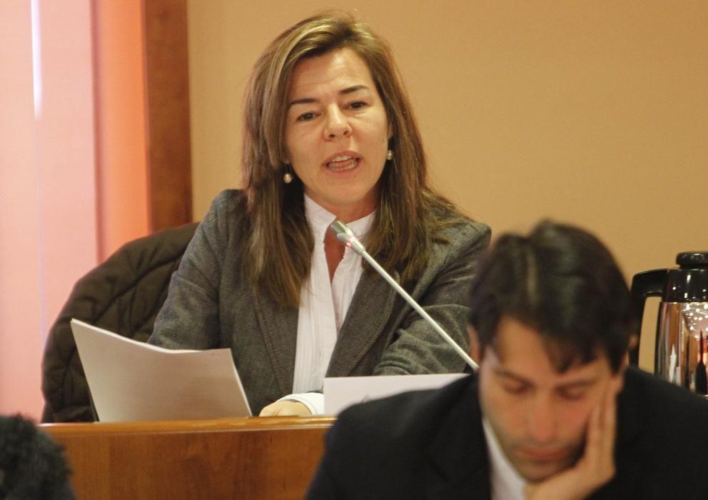 Marián García Míguez (PP) Licenciada en Psicología Sanitaria por la Universidad de Santiago de Compostela. Desde marzo de 2016 forma parte del comité ejecutivo del PP de Pontevedra, en el que es coordinadora de Políticas Sociales e Igualdad.