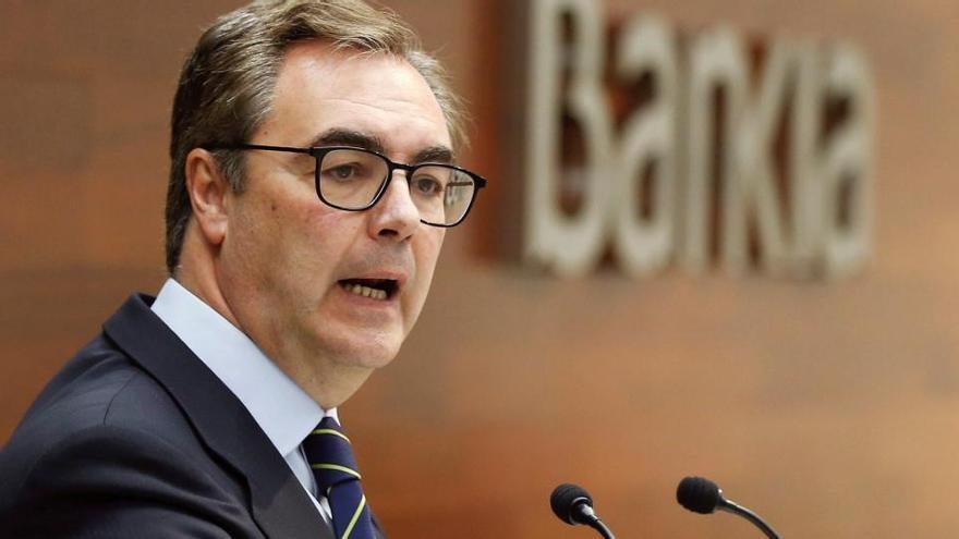Bankia gana un 54% menos hasta marzo tras dotar 125 millones por la crisis