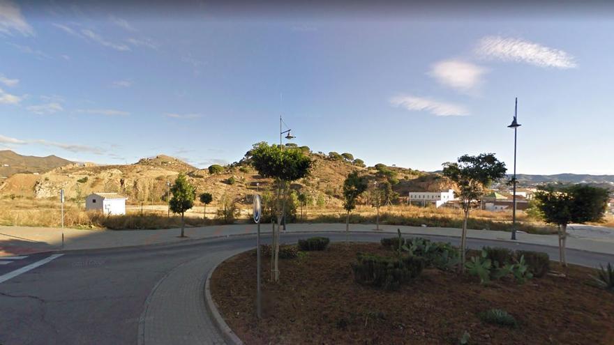 El Ayuntamiento de Málaga adecuará una nueva zona verde de 3.000 metros cuadrados en la barriada de Carlinda